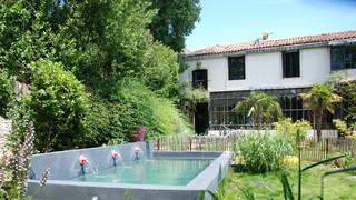 Des piscines type bassin piscine montpellier par jardin gecko - Piscine type bassin ancien argenteuil ...