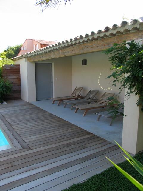 Le pool house de la piscine - Pool house provencal ...