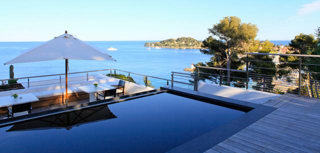 paysagiste saint jean cap ferrat contemporaneo piscina. Black Bedroom Furniture Sets. Home Design Ideas
