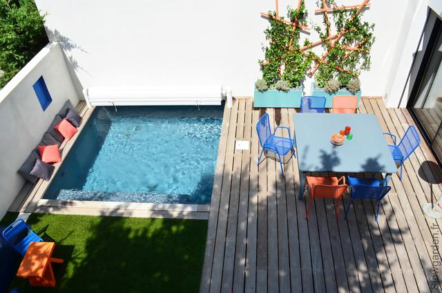 Petite terrasse avec piscine contemporain piscine for Petite piscine