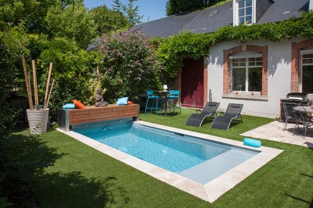 piscine citadine contemporain piscine other metro par adh paysages. Black Bedroom Furniture Sets. Home Design Ideas