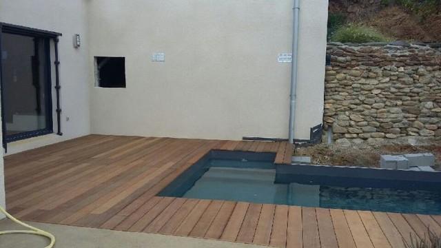Piscine en bois sur mesure france 2016 po moderne for Installateur de piscine en bois