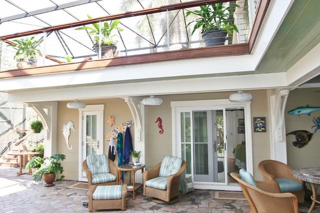 102 Los Cedros eclectic-pool
