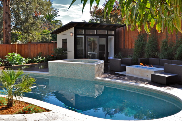 contemporary pool - 13+ Modern House Design Small Spaces Background