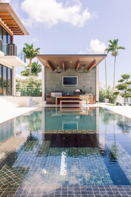 25 Ro Miami Beach