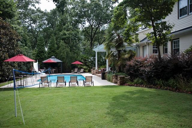 318 E Faris Road traditional-pool