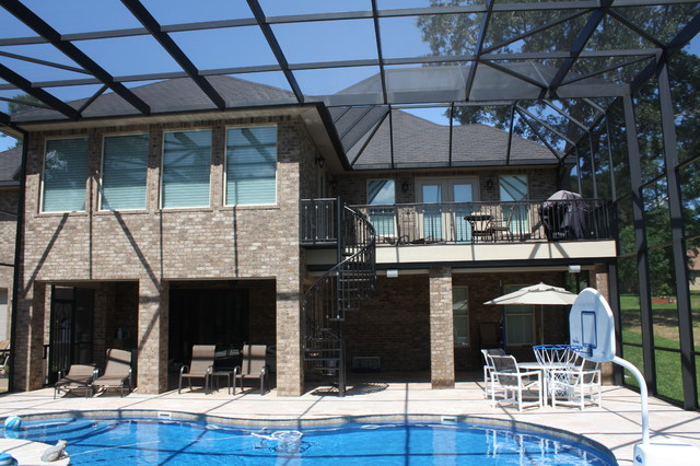 355 Swift Creek Dr. traditional-pool