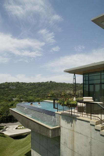 402 Redbud contemporary-pool
