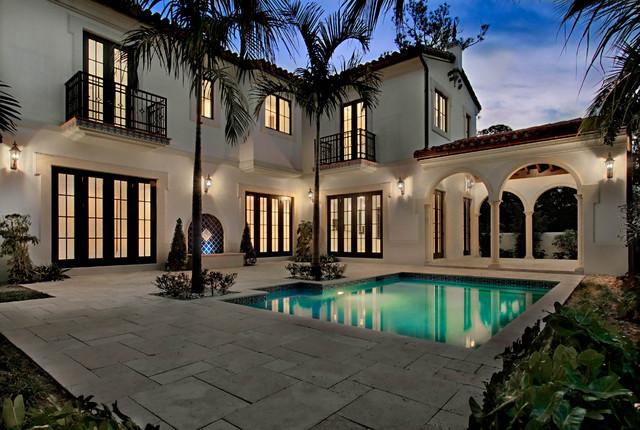 5 000 s f residence in coral gables fl mediterranean pool for Pool design miami