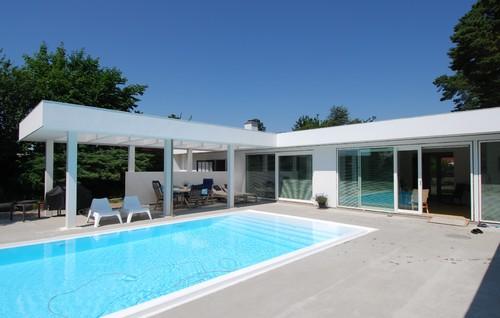 60´er villa forvandlet til moderne poolhouse