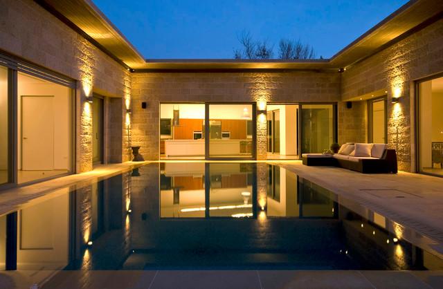 A House at Caesarea (Architect: Shuli Bimel) contemporary-pool