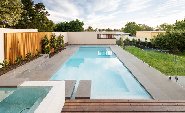 A life of luxury modern pool melbourne by bayon for Landscape contractors melbourne