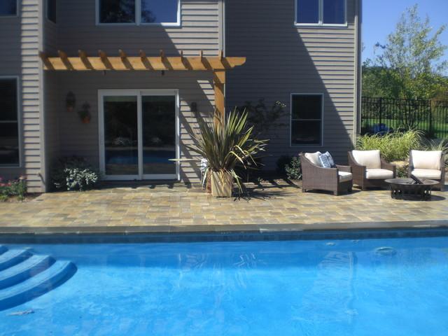 Ada Pool contemporary-pool