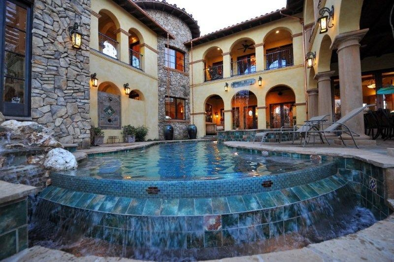 Alford Residence