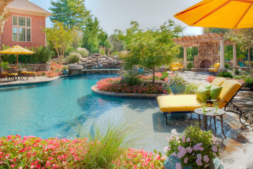 beautiful pool landscaping ideas