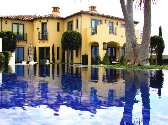AMS Landscape Design Studios mediterranean-pool
