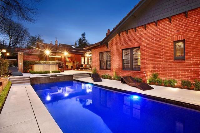 "Andrew Renn Design - ""Beautiful Gardens of Melbourne""  andrewrenn@gmai traditional-pool"