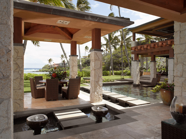 Applegate Tran Interiors tropical pool