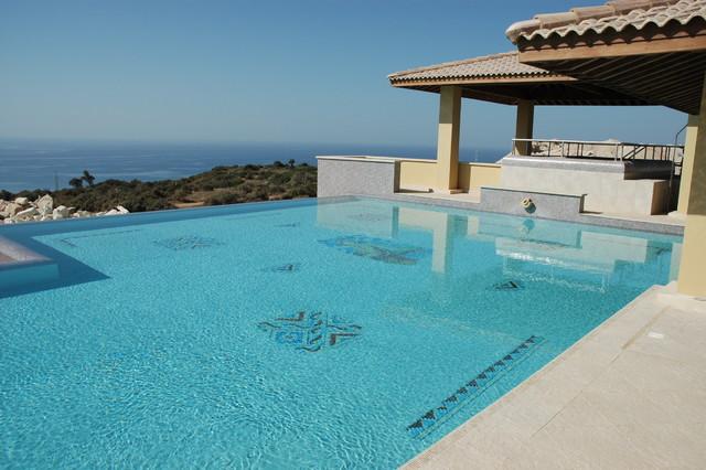 Aprodite hills spa and resort modern-pool