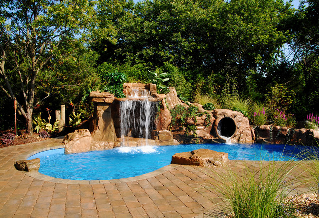 AquaFX-OutdoorLivingFX tropical-pool