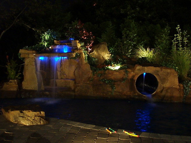 AquaFX-OutdoorLivingFX tropical pool