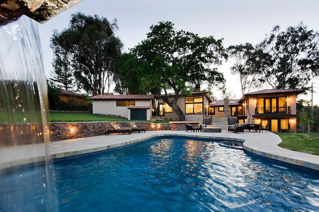 Atherton Estate mediterranean-pool