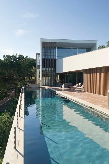 Austin Modern Home modern-pool