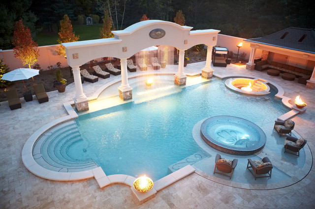 Luxury Backyard Pool Designs : Backyard Luxury Resort