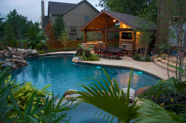 Backyard oasis rustic pool kansas city by michael for Garden oases pool