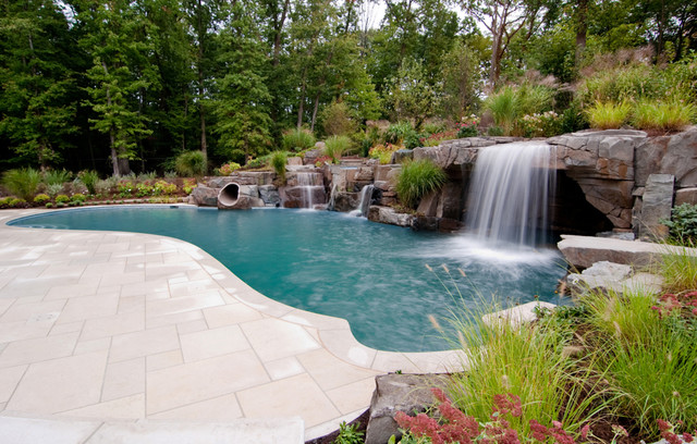 Backyard swimming pool waterfall design bergen county nj for Pool design houzz
