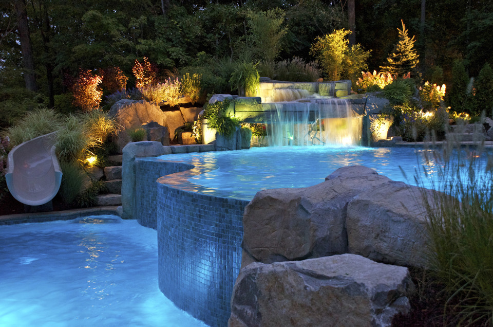 Example of a trendy pool design in New York