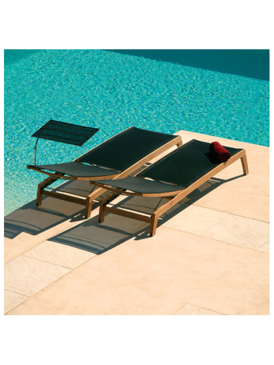 Barlow Tyrie - Barlow Tyrie Horizon Sling Chaise Lounger - Barlow Tyrie manufacturers an extensive range of outdoor furniture crafted from teak, all-weather wicker, stainless steel and aluminium. Their traditional and contemporary designs include deep seating chairs, dining chairs, tables, steamers, benches and swing seats.