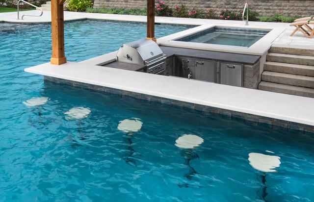 Barrington Hills Swimming Pool, Hot Tub, Sunken Bar and ...