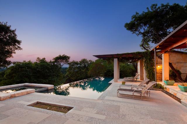 Barton Creek contemporary-pool