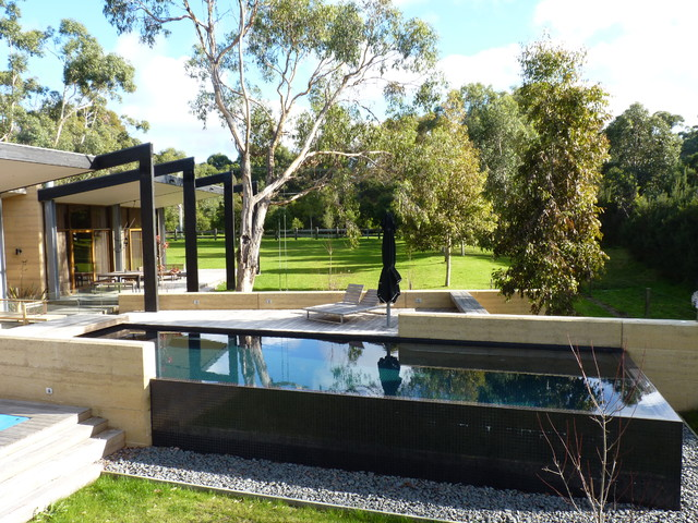 Beach house melbourne australia coastal swimming pool for Beach house designs melbourne