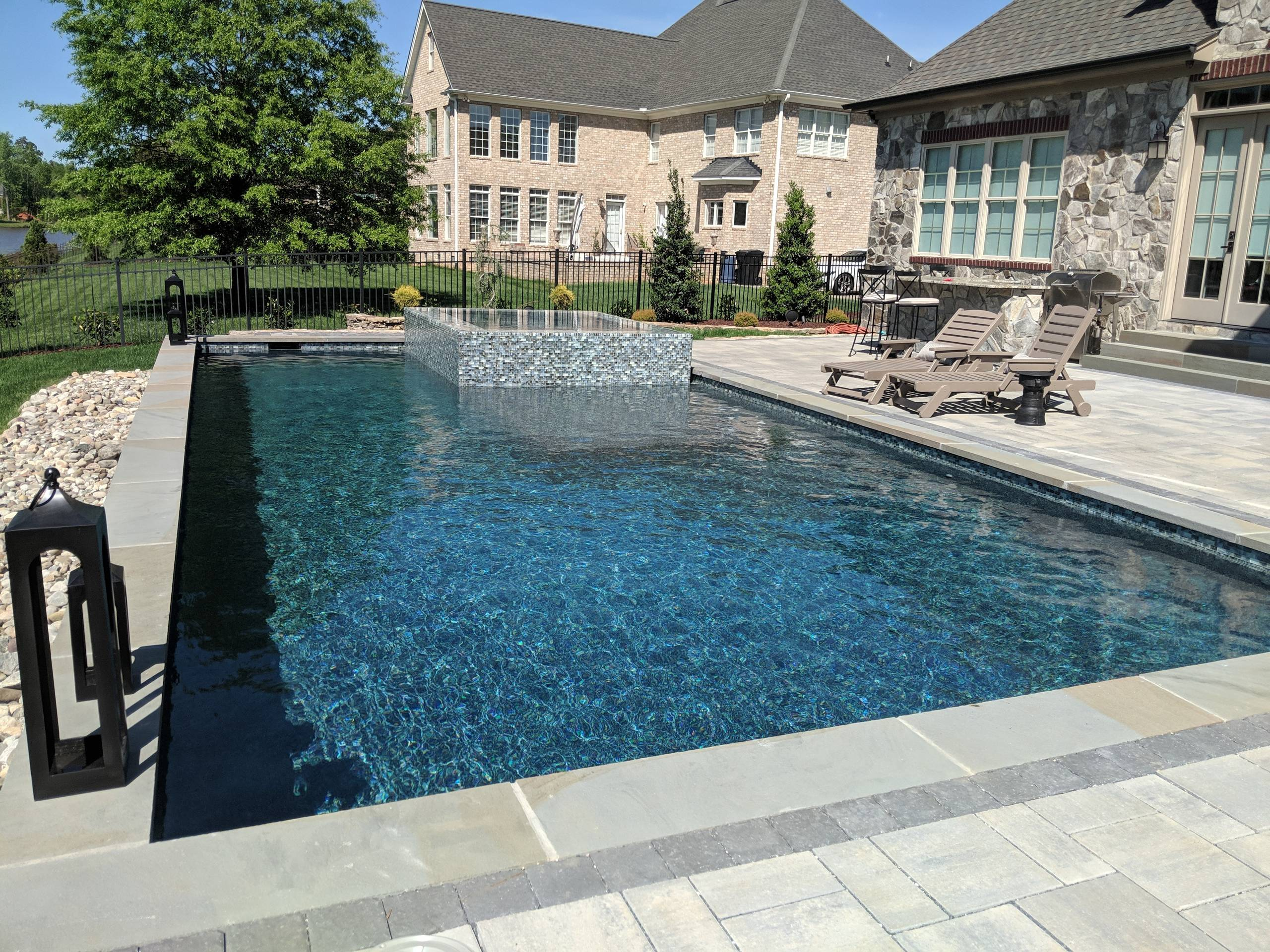 Beautiful Glass Tile Clean lines Pool
