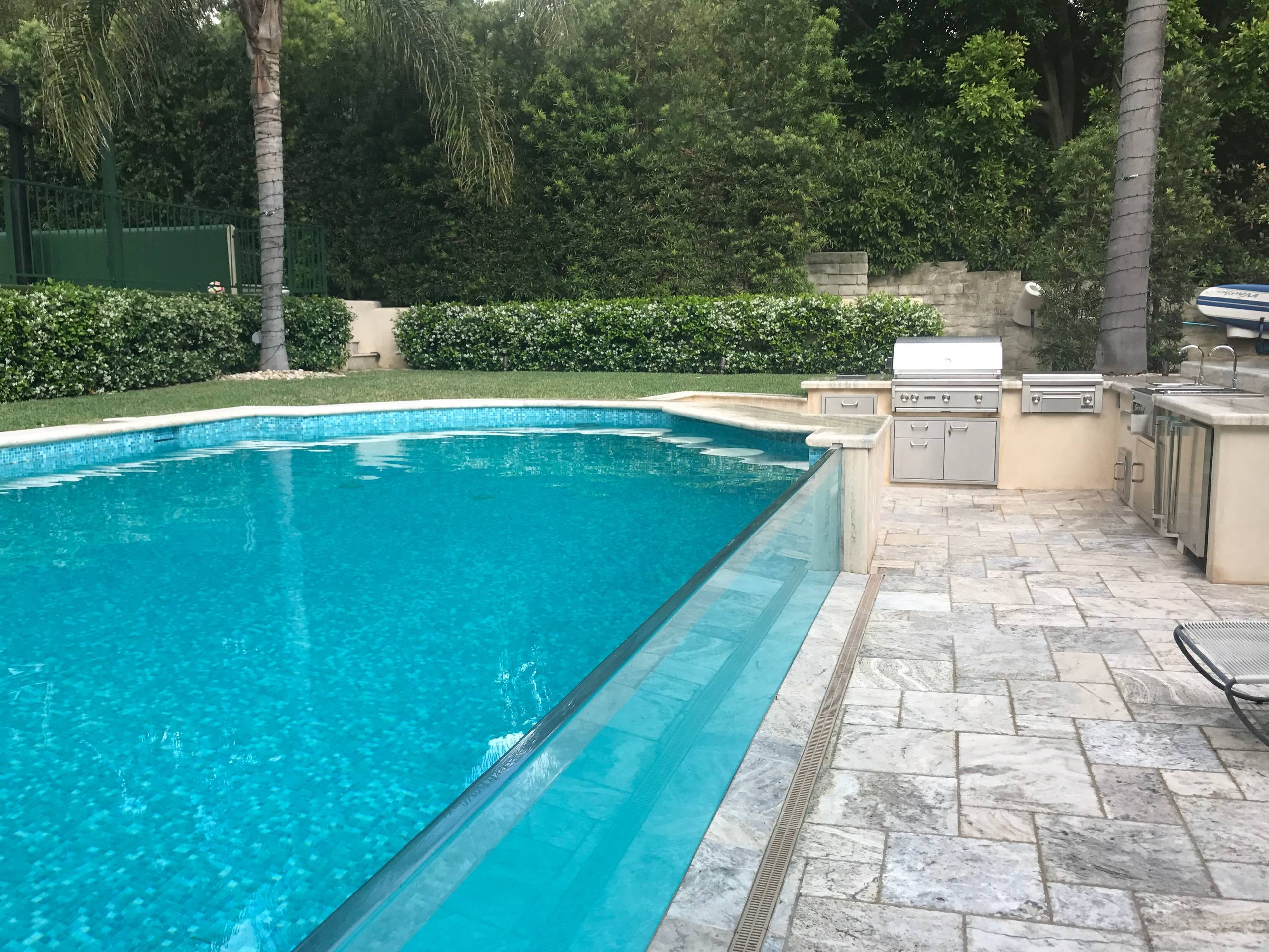 Bel Air Tile Swimming Pool with Acrylic Wall to see into pool