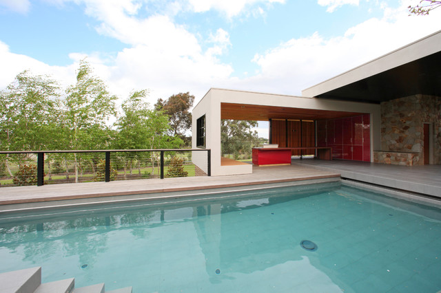 Berwick Bbq Modern Pool Melbourne By Melbourne Contemporary Kitchens