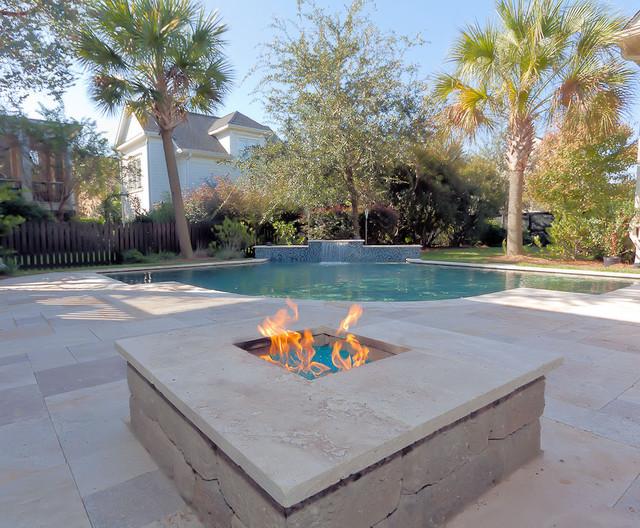 Blue Haven Charleston traditional-pool