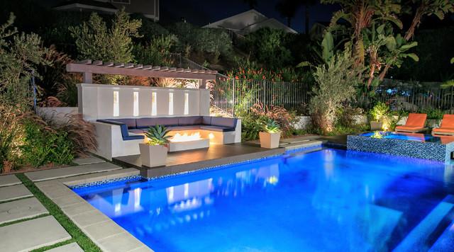 Brantuk project western outdoor designs contemporary for Outdoor pool design uk