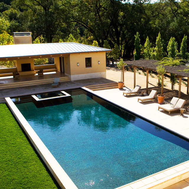 Braytonhughes design studios mediterranean pool san for Pool design studio