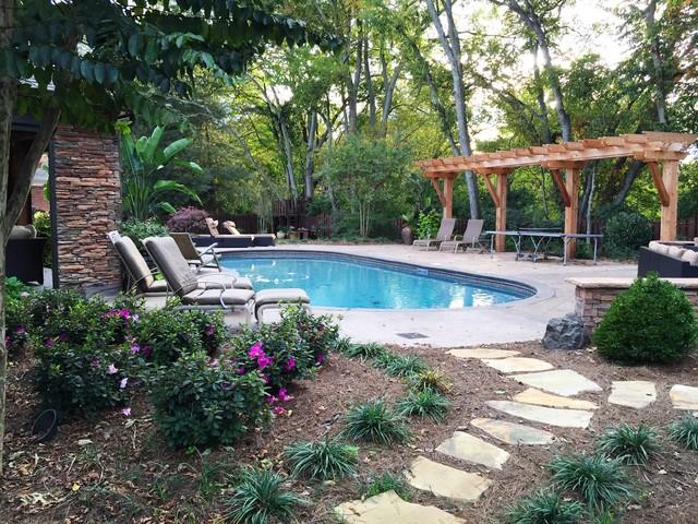 Brentwood outdoor living transitional pool nashville for Pool design nashville