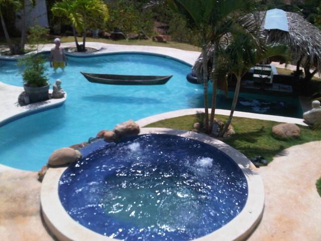 c2e criadero2estribos tropical-pool