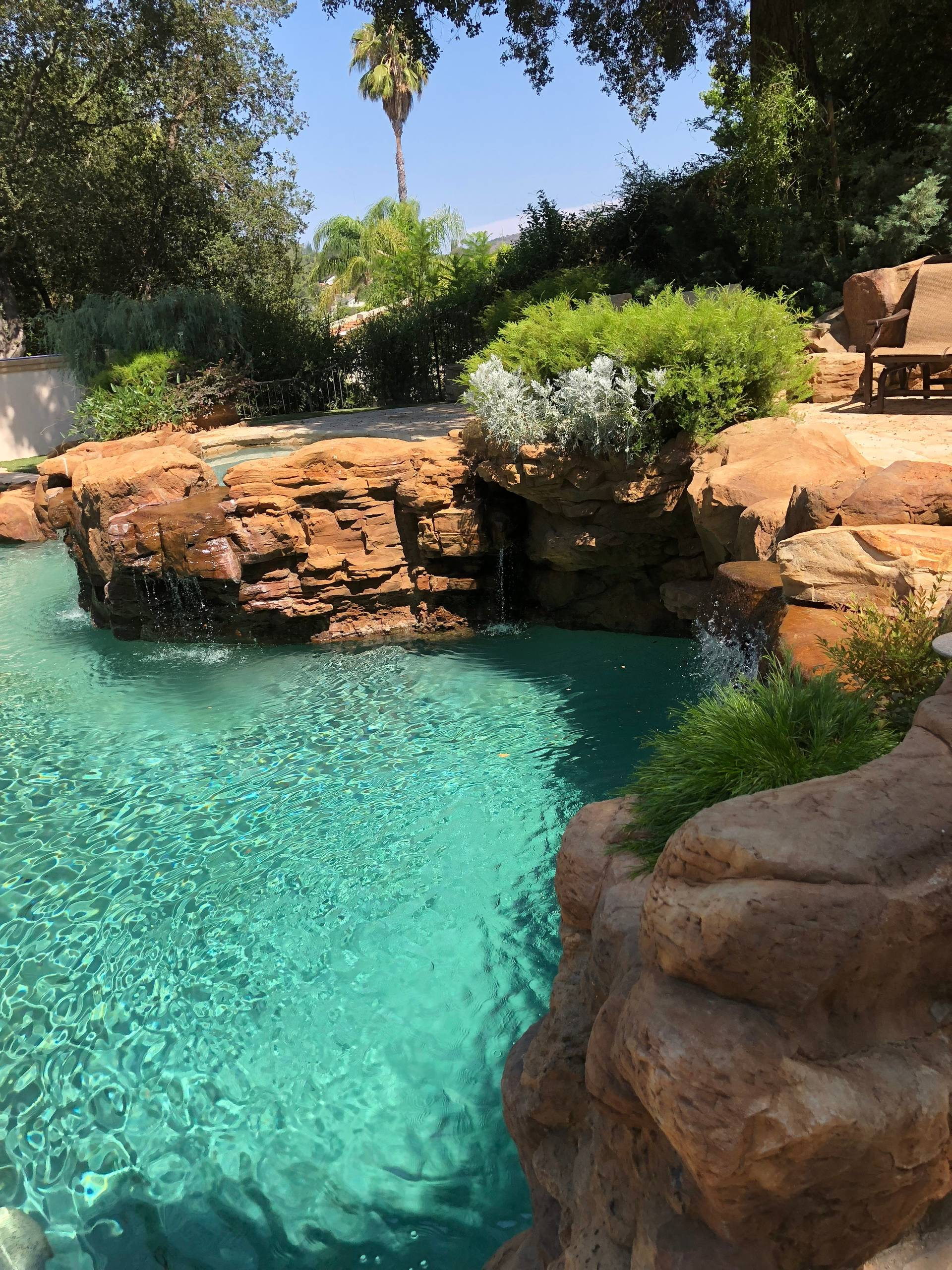 Calabasas - Naturalistic Swimming Pool with Waterfalls, Spa, Deck and Firepit