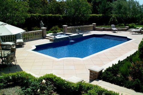 California Pools traditional-pool