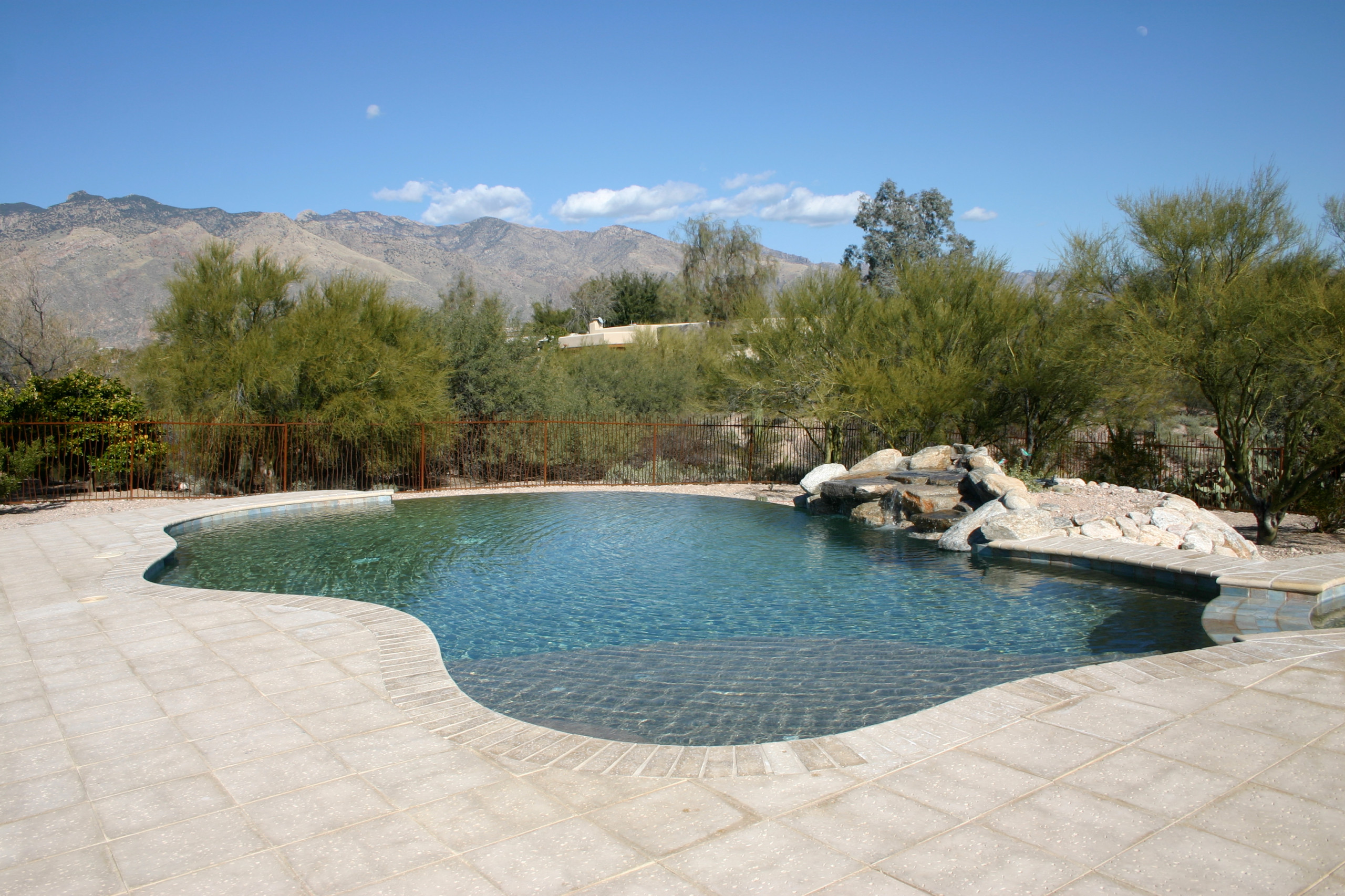 Calle Bujia Pool & Spa