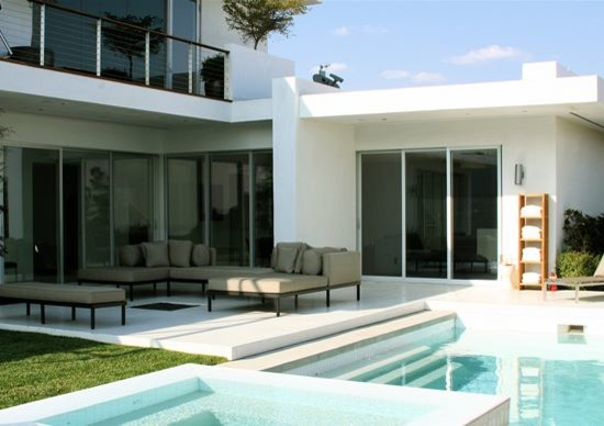 carmen crest contemporary-pool
