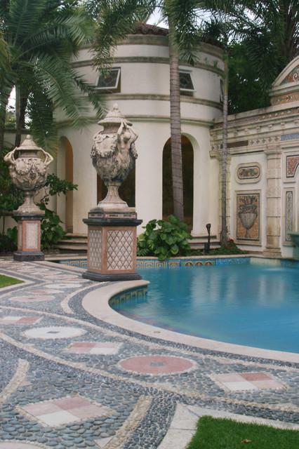 Casa casuarina former versace mansion mediterranean for Versace mansion miami tour
