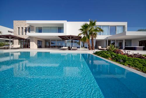 9 casas modernas con piscina alucinantes - Fotos de casas con piscina ...