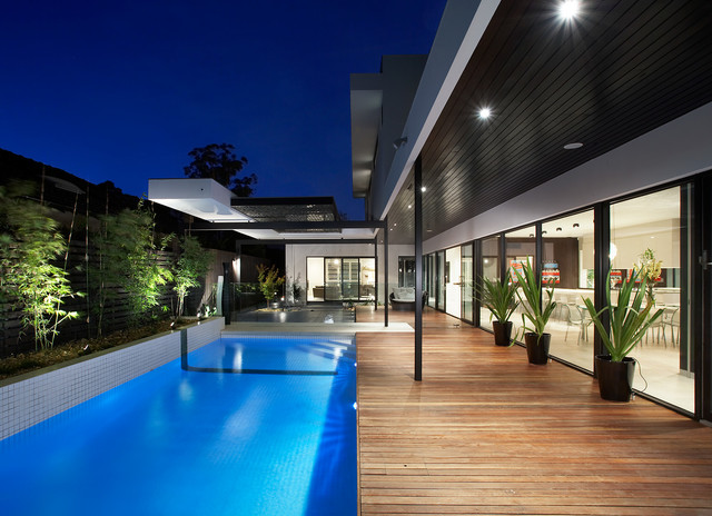 Caulfield North Residence contemporary-pool